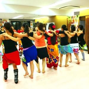 Te Marama Tahiti 金山のタヒチアンダンススタジオ-タヒチアンダンスレッスン風景